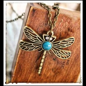 Dragonfly Turquoise Neclace In Vintage Gold Tones